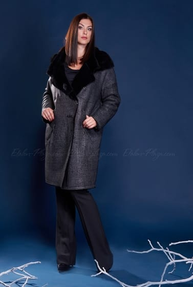 Women's Sheepskin coat with hood suede