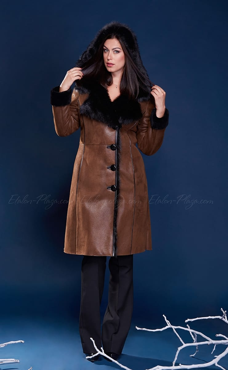 Women's Sheepskin coat with suede hood