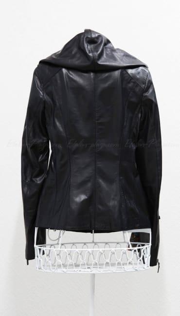 Шкіряна куртка з капюшоном К1049