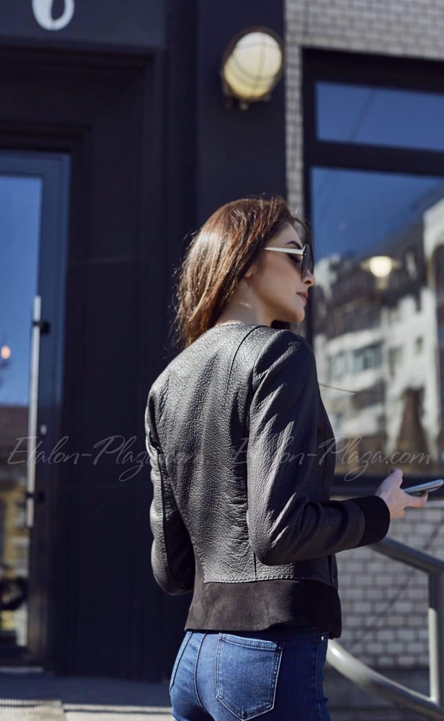 Кожаная женская куртка К1202