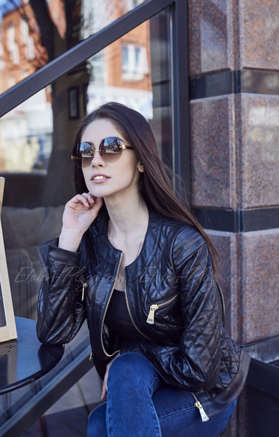 Черная женская кожаная куртка К1206