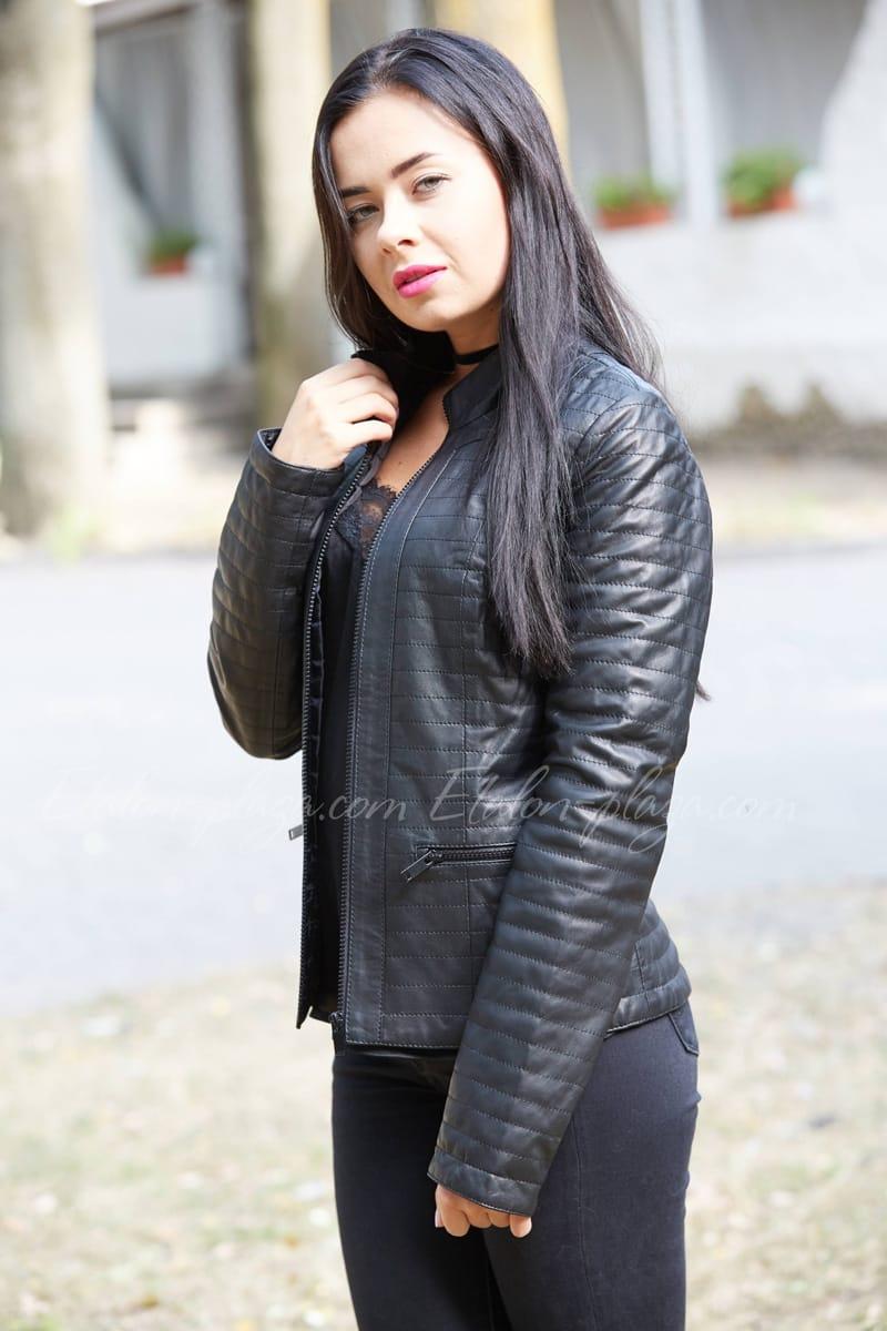 Женская кожанная курточка
