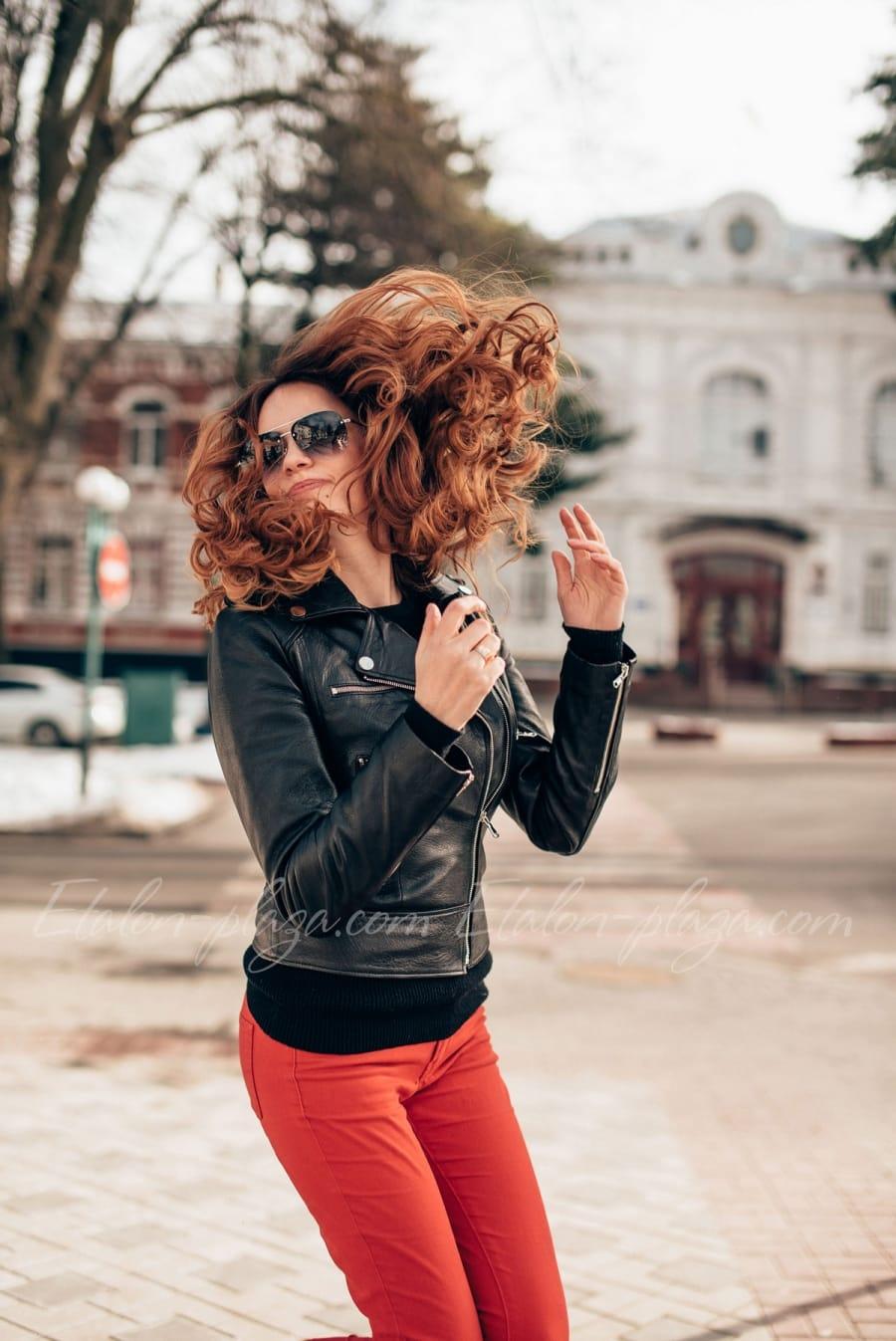 Кожаная женская куртка К1194