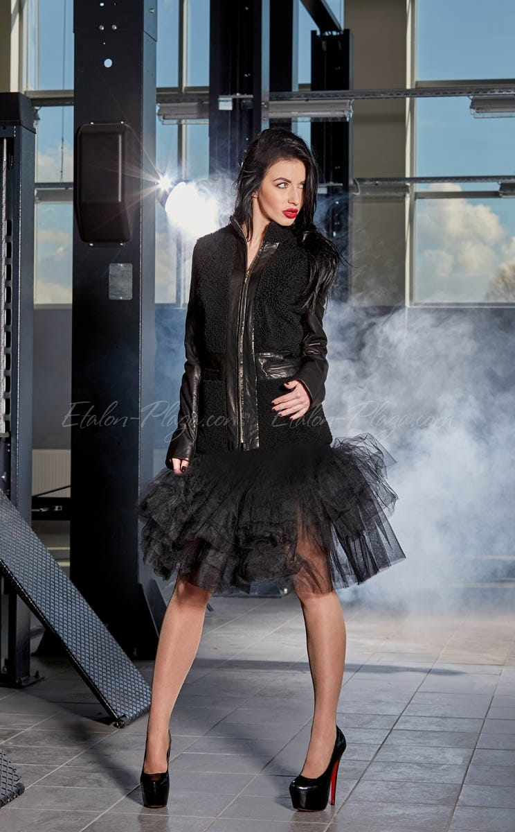 Women's Short sheepskin coat