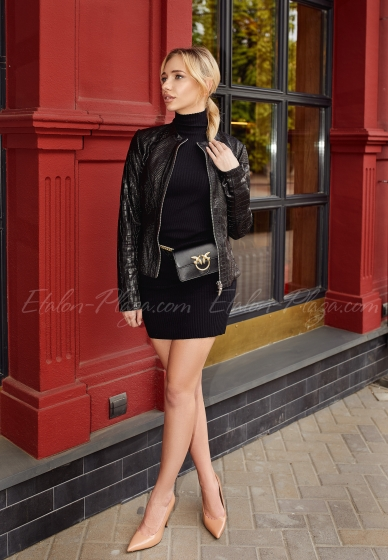 Куртка жіноча чорна К1337
